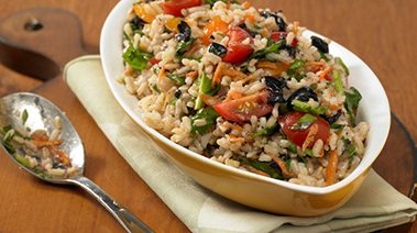 Brown Rice Salad with Spinach, Cherry Tomatoes and Olives