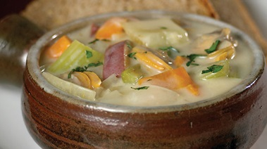 Chunky West Coast Clam Chowder