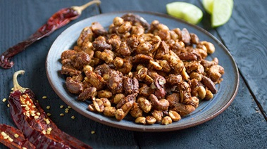 Crunchy, Sweet and Spicy Five-Chili Mixed Nuts