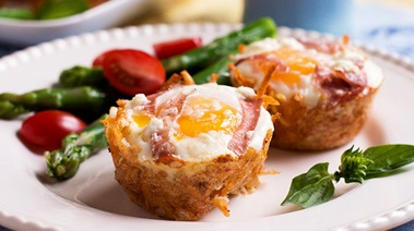 Eggs Baked in Hashbrown Nests