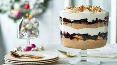 Gingerbread & Blueberry Butter Cookie Trifle