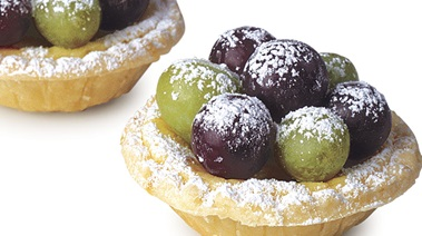 Grape and Mascarpone Cheese Tarts