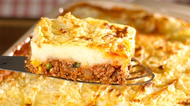 Lamb Shepherds Pie with Irish Cheddar Mashed Potatoes