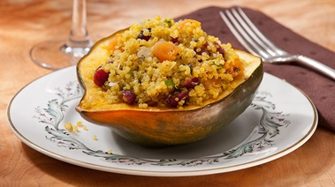 Quinoa-stuffed Squash with Curry, Fruit and Nuts