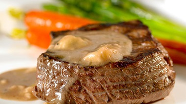 Top Sirloin Medallions with Blue Cheese Sauce